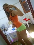 Hot MySpace babes posing in sexy and seductive profile photos